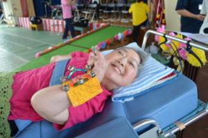 医療型障害児入所施設である沖縄療育園手作りの楽器です。楽しく音を奏でる工夫が施されています。